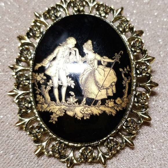 Jewelry - Vintage Lord and Lady Brooch